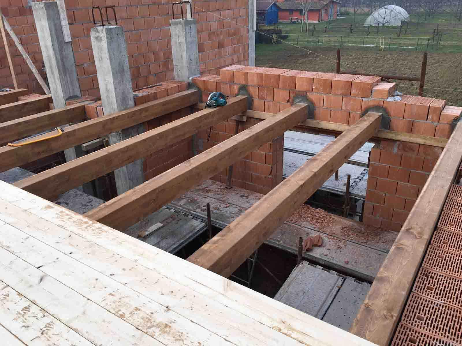 costruzione-nuovo-fabbricato-nuovo-solaio-in-legno
